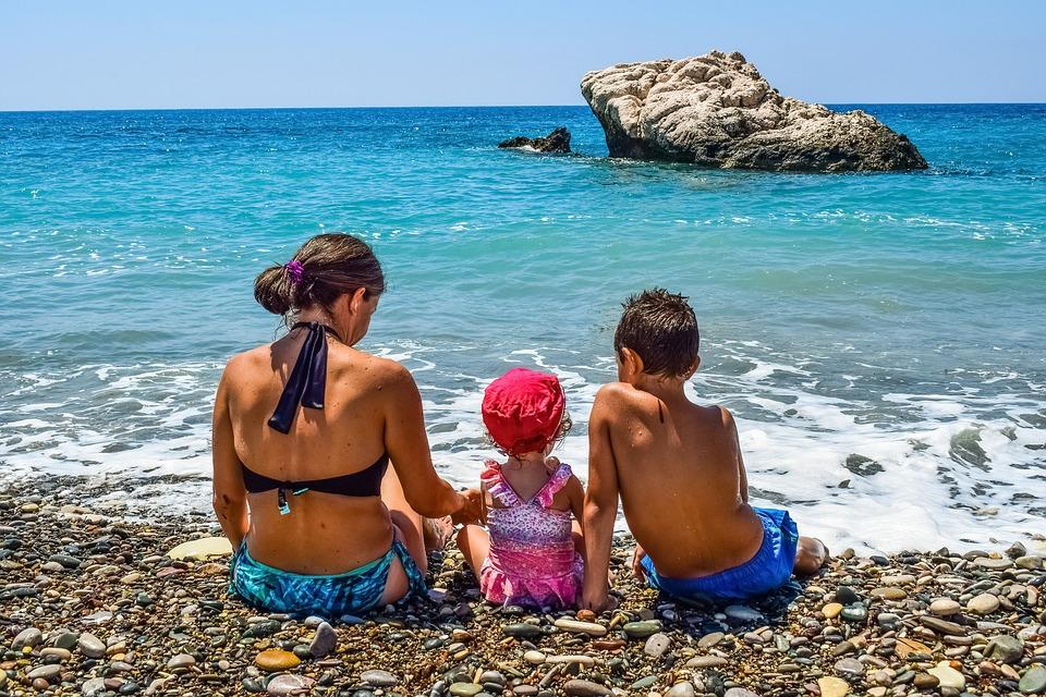 Vacances en famille : où partir pour un séjour tout compris et pas cher?