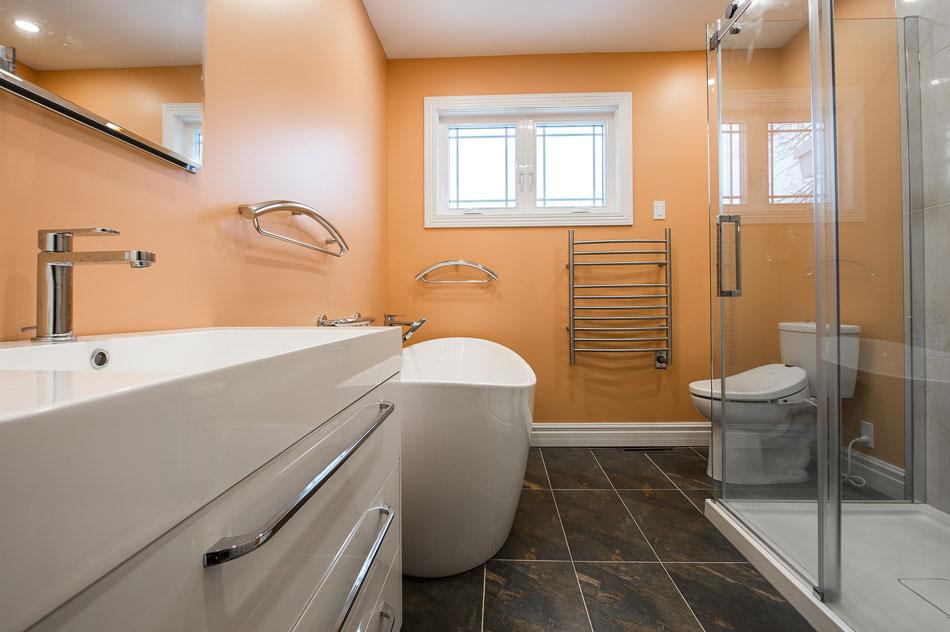 De la salle de bain au salon, des conseils pour une maison saine