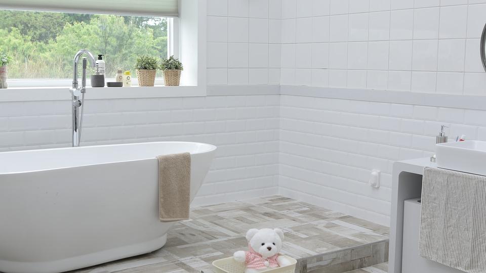Salle de bains : les travaux à entamer pour une rénovation réussie