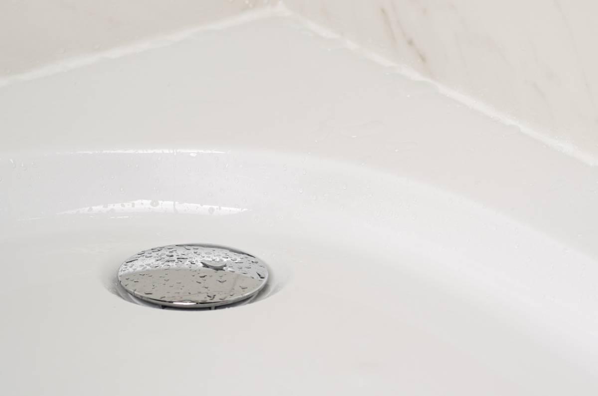 Éviter les bouchons dans la douche : bonnes pratiques