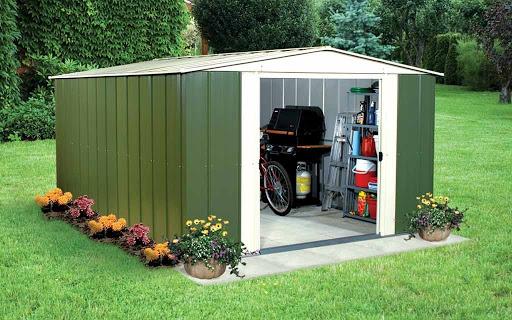 Pourquoi choisir un abri de jardin en métal?