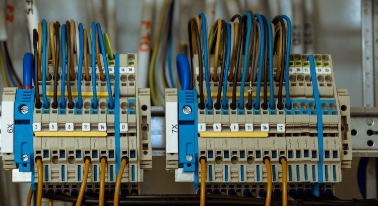 Faire l'installation et la rénovation électrique d'un bâtiment à Bruxelles
